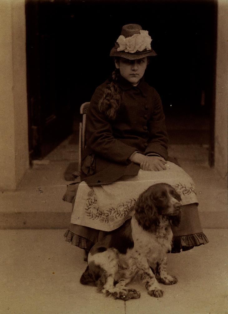 Беатрикс Поттер с собакой Спотом