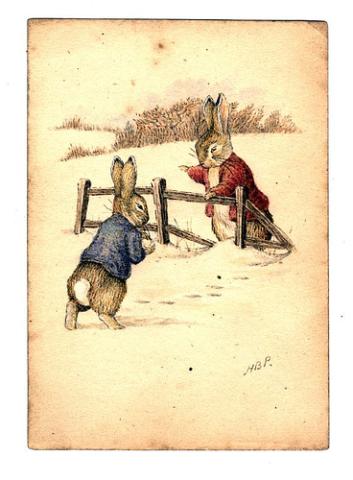 Кролик Питер и Бенджамин Банни играют в снежки
