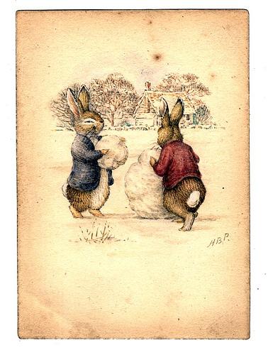 Кролик Питер и Бенджамин Банни лепят снеговика